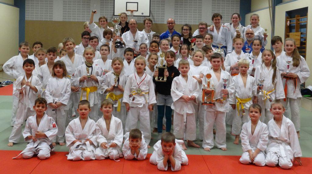 http://www.tvjahn-bad-lippspringe.de/tl_files/artikelbilder/2012/Judo/Abschlusstraining 2016/DSC07587b.jpg